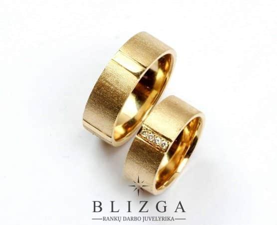 Auksiniai žiedai invenire
